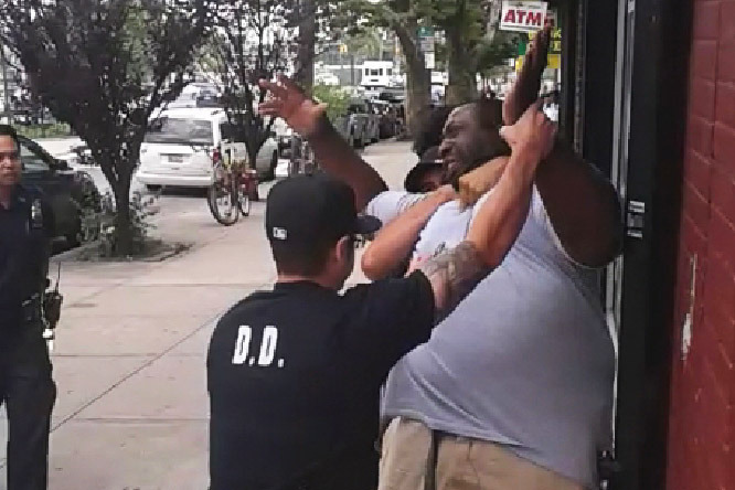 Cop cleared in chokehold death of Eric Garner