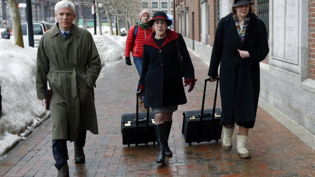 Defense admits Tsarnaev carried out Boston bombing