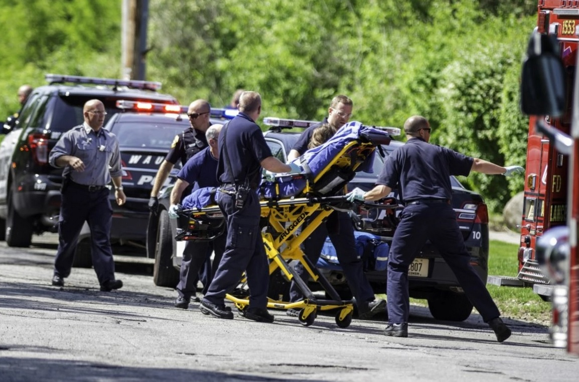 'Slender Man' stabbing: 13-year-old Wisconsin girls will be tried as adults