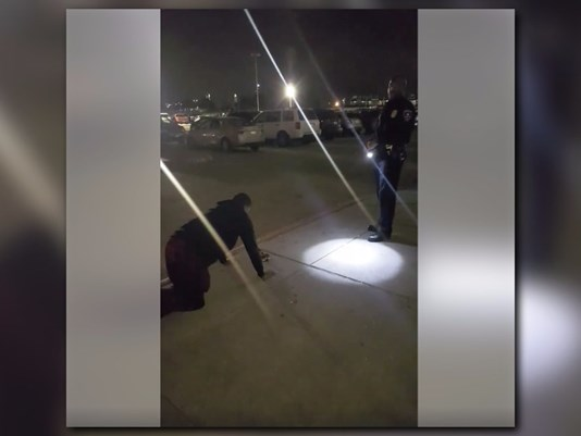 Arlington police officer allows teen do push-ups instead of jail time for smoking weed