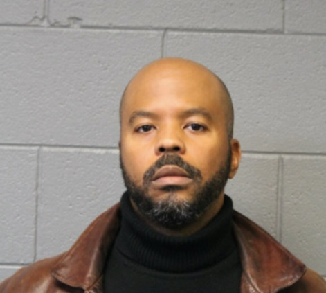 Cop sucked suicidal man's toes and sexually assaulted him at hospital, Chicago police say