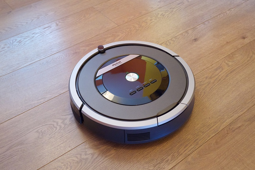 Deputies surround burglar in Oregon home, find out suspect is Roomba trapped in bathroom